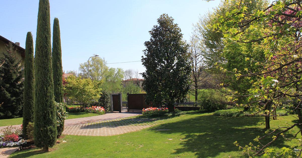 Paesaggista a bergamo per progettazione giardini - Giardini bergamo ...